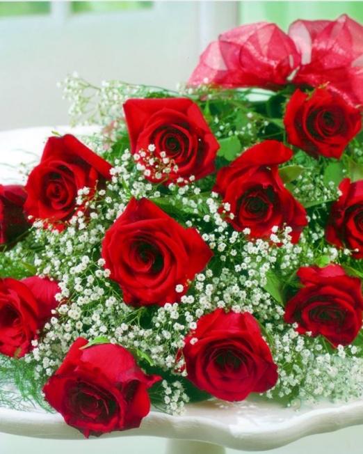 Букет 15 рози - Цветя в саксия Magic Flowers