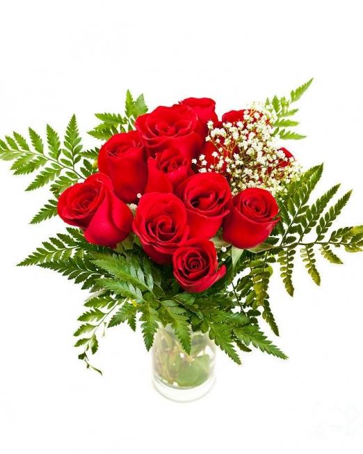 Букет от 11 рози - Саксийни цветя Варна Magic Flowers