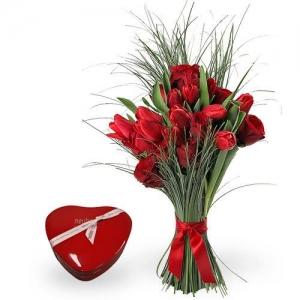 Букет Red Love - Доставка на цветя в саксия Magic Flowers