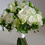 Букет White - Саксийни цветя Варна Magic Flowers